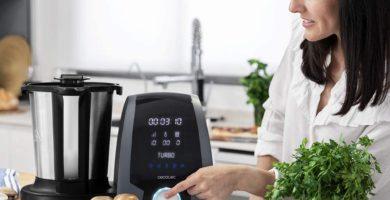 Robot de cocina Cecotec Mambo 7090. Opiniones y eficiencia